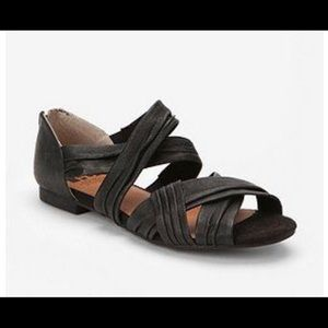 BC Footwear Main St Sandal